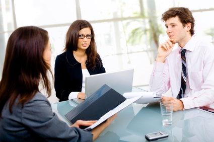 72915-images-blog_-_how_to_not_get_a_business_meeting-resized-600